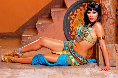 BEAUTIFUL GIRLS: egypt hot belly dancer