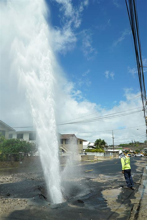 Another Day, Another Water Main Break in Honolulu ...