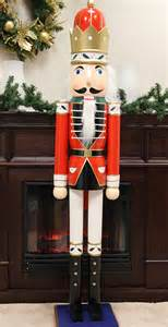 6 foot commercial size holly soldier king decorative wooden christmas nutcracker ebay
