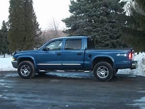 Talontid21 2004 Dodge Dakota Quad Cabslt Pickup 4d 5 1  2