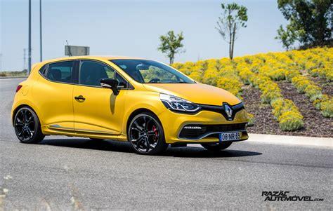 Renault Clio Rs 200 Edc Uma Escola Moderna Razo Automvel