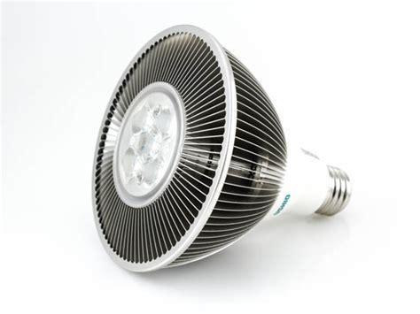 ushio 150 watt equivalent 30 watt dimmable 120 volt