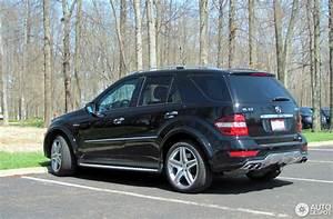 Mercedes Ml W164 Zubehör : mercedes benz ml 63 amg w164 2009 22 april 2014 autogespot ~ Jslefanu.com Haus und Dekorationen
