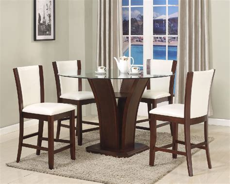 6 Peice Dining Room Set.. Leather Chairs For Sale In