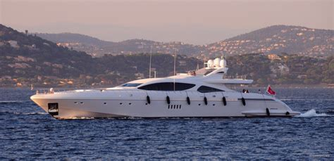 Sailing Boat Price In India by Force India Yacht Charter Price Overmarine Luxury Yacht