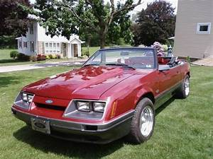 1985 Ford Mustang Convertible For Sale - Classic Ford Mustang 1985 for sale
