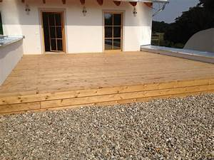 Terrasse l rche holzbau gundendorfer for Terrasse lärche