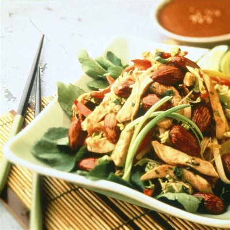 cuisine asiatique poulet recette salade asiatique de poulet aux amandes cuisine