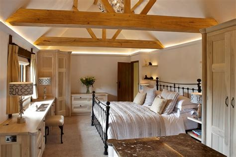 vaulted ceiling lighting some vaulted ceiling lighting ideas to your home