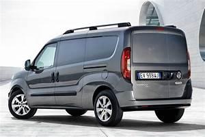 Fiat Doblo : 2015 fiat doblo gets a smiley facelift carscoops ~ Gottalentnigeria.com Avis de Voitures