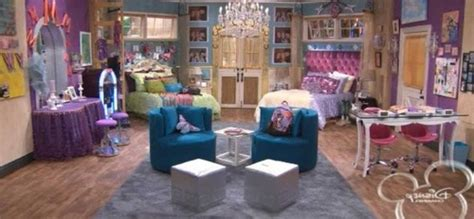 loved  room  hannah montana    heart