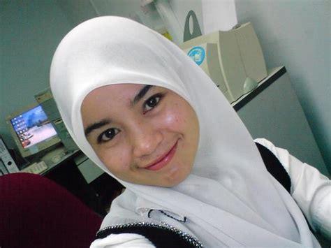 Wanita Dewasa Kesepian Jilbab Gadis Bugil Newhairstylesformen2014 Com