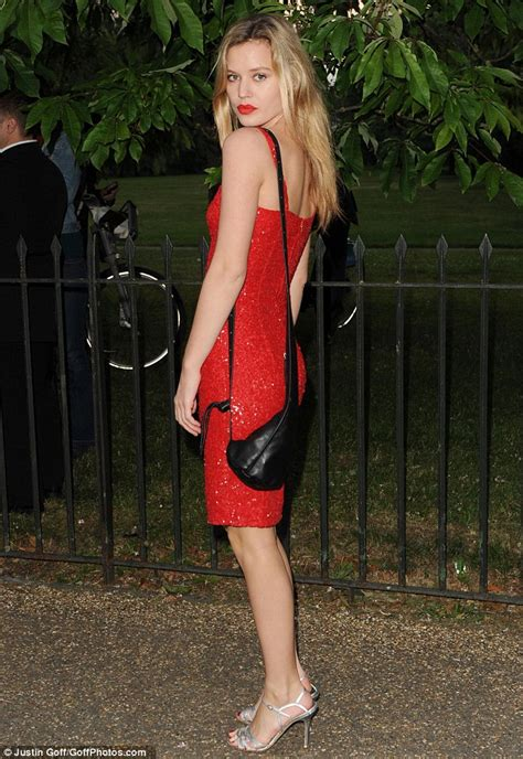 georgia  jagger dazzles  red dress  serpentine