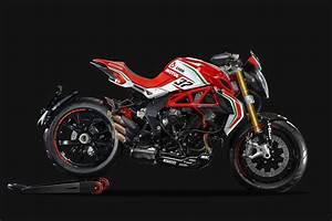 Racing Caf U00e8  Mv Agusta Dragster Rc 2017