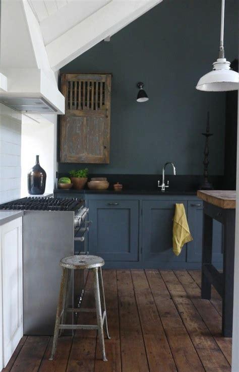 repeindre une cuisine repeindre des meubles de cuisine en bois meilleures