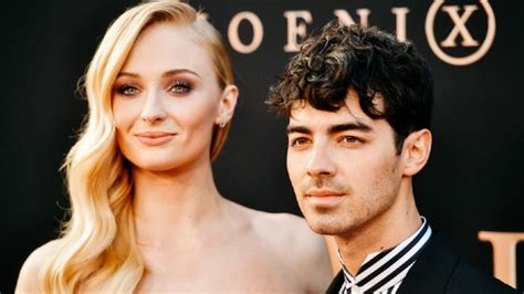 Sophie Turner praises Taylor Swift's new song, while fans ...