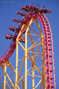 Roller Coasters at Six Flags Magic Mountain X2