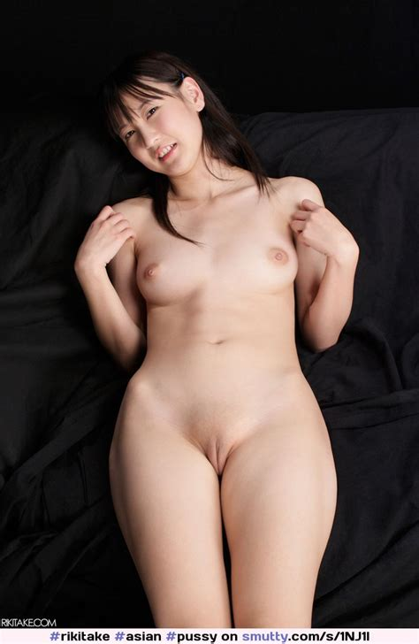 Rikitake Asian Pussy Shaved Naked Showingpussy