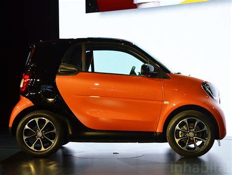 smart fortwo   tiny super smart city car