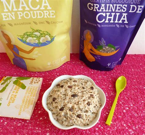 cuisiner les feves bowl cake cru banane chia maca avoine germée aux fèves de cacao cru diététique vegan sans