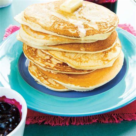 recette pancakes hervé cuisine pancakes dodues ricardo