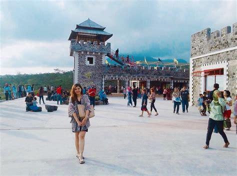 lost world castle destinasi wisata terhits  jogja
