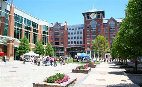 Rockville Town Square   CNU