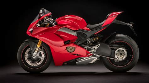 ducati panigale v4 s 2018 4k wallpapers hd wallpapers id 22250