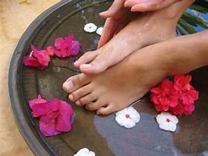 Клотримазол можно использовать при грибке ногтей