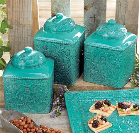 Western Kitchen Canisters by 25 Best Ideas About Western Kitchen On