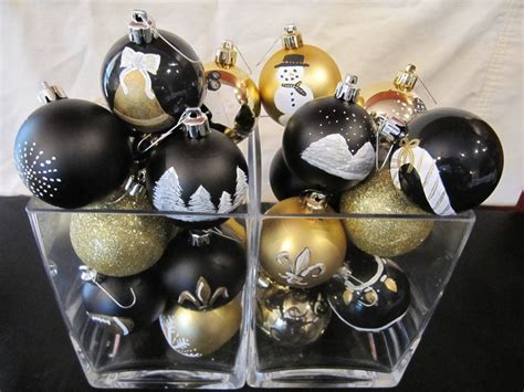 black and gold christmas ornaments