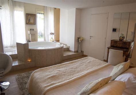 chambre spa privatif feuillette chambre spa privatif à lyon le gourguillon