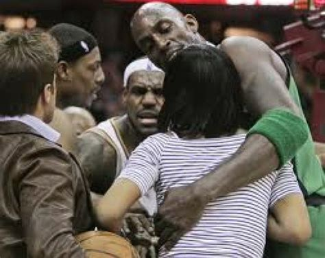 See full list on nbafamily.fandom.com LeBron James and His Mother