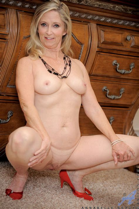 freshest mature women on the net featuring anilos annabelle brady anilos pic
