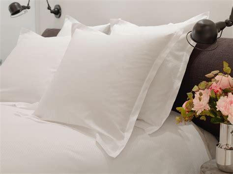 blanchisserie linge de lit haut de gamme uptoyu