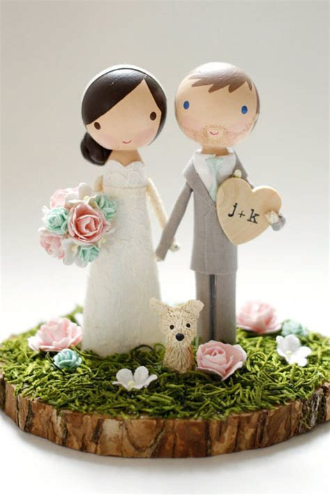 19 Unique Wedding Cake Toppers