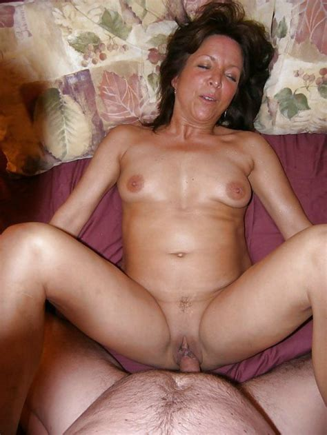 Mature Mom In Swinger Sex Pictures Fucking Hubby
