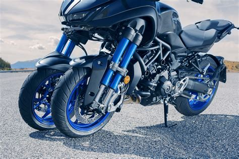 Yamaha Niken by Middleweight Yamaha Niken Coming Soon Bikesrepublic