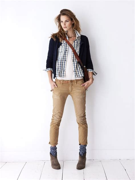 Ankle boots + blue socks + khaki pants + white tank + blue gingham shirt + navy cardi | Outfits ...