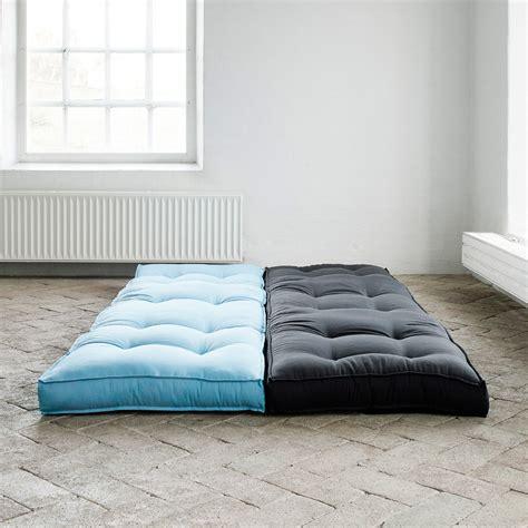 canape convertible bleu chauffeuse bicolore convertible matelas futon dice futon