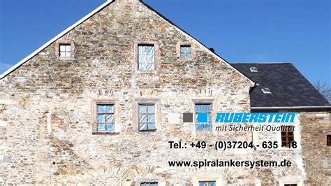 risse mauerwerk reparieren risse im natursteinmauerwerk reparieren durch kreuzweise vernadelung