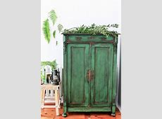 25+ Best Ideas about Green Distressed Furniture on
