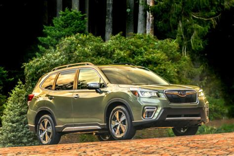 fresh  familiar redesigned   subaru forester