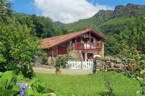 vente maison de plain pied 5 pieces 173 m2 ascain c 244 te littoral