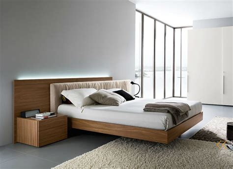 Exclusive Leather High End Bedroom Furniture Sets Feat