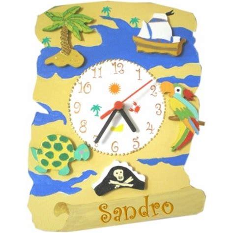 chambre d h e ile d ol horloge enfant personnalisée carte au trésor billes de