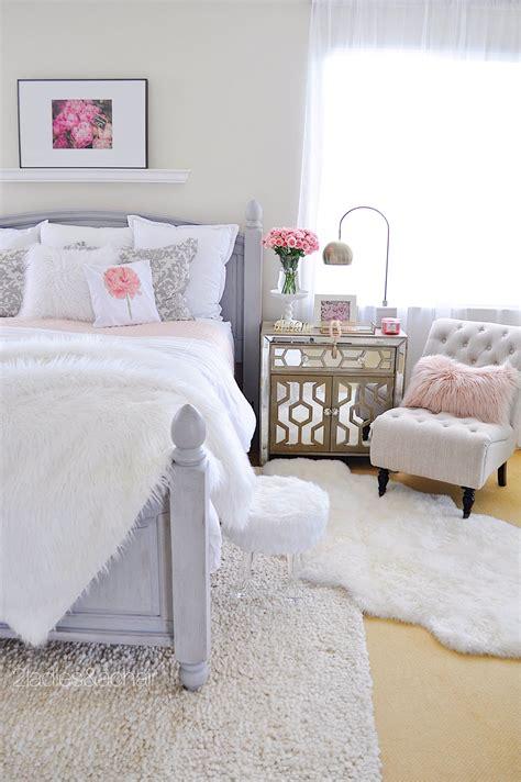 bedroom decorating ideas    decorating
