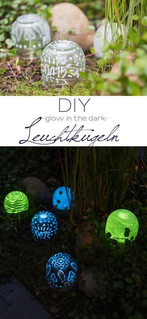 Diy Deko Garten by Diy Gartendeko Mondscheinkugeln Glow In The