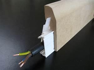 Plinthe Bois Electrique : plinthe electrique bois clipsable plinthe lectrique passe cable ~ Melissatoandfro.com Idées de Décoration