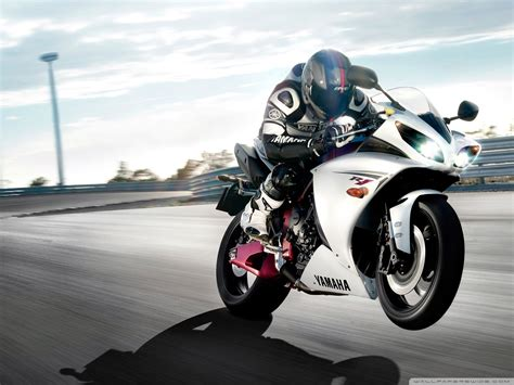 Yamaha Yzf-r1 4k Hd Desktop Wallpaper For 4k Ultra Hd Tv